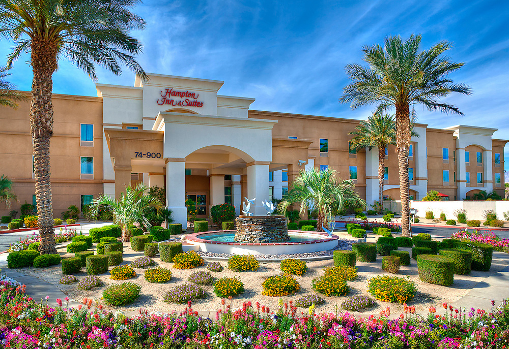 photo of Hampton Inn in Palm Desert.