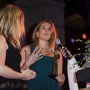 NLD/Amsterdam/20150119 - De Marie Claire Prix de la Mode awards, Lieke van Lexmond en Jetteke van Lexmond  ontvingen de award voor 'Best Jewelry Collection'
