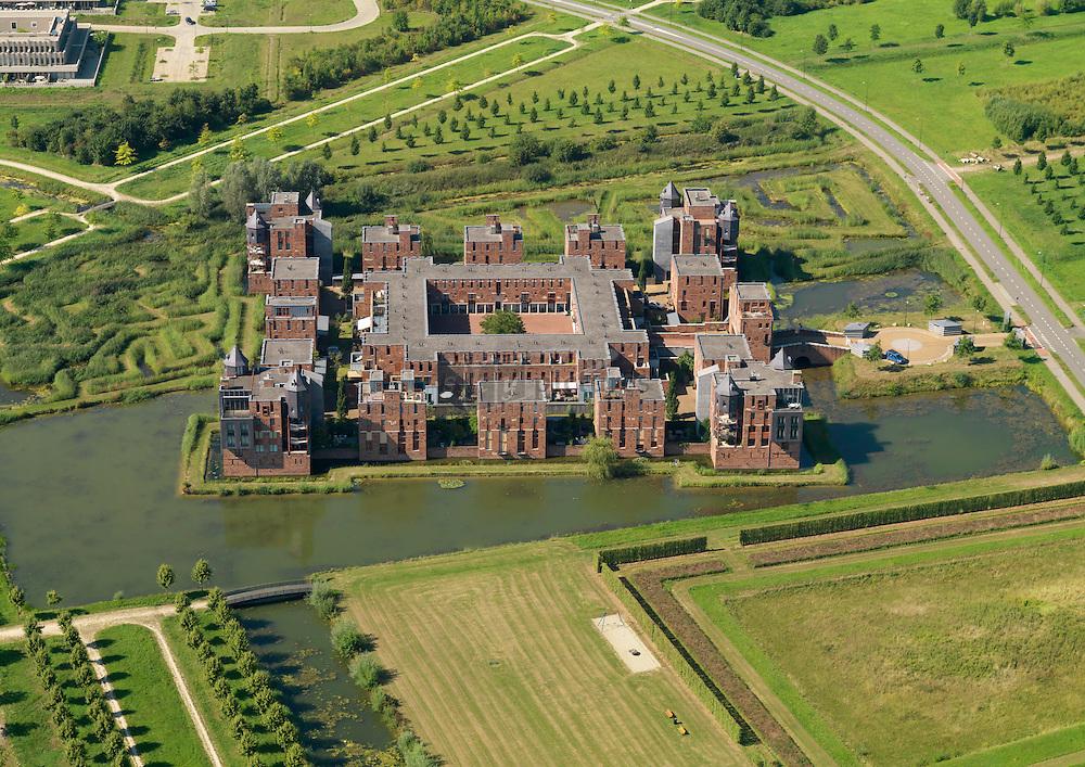 De Haverleij is een nieuwbouwwijk van 181 ha op een locatie ten noordwesten van 's-Hertogenbosch, tussen Engelen en Bokhoven. Het stedenbouwkundig ontwerp is van Sjoerd Soeters en Paul van Beek.