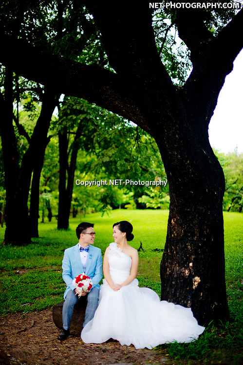 Engagement session (pre-wedding) at Rod Fai Park in Bangkok, Thailand.