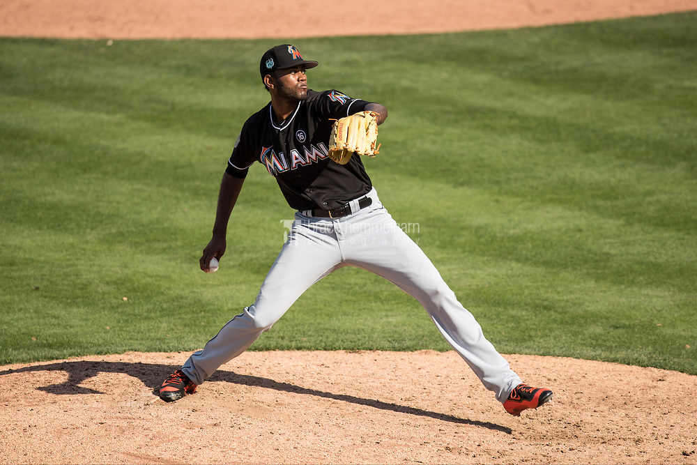 FORT MYERS, FL- FEBRUARY 27: Tayron Guerrero #72 of the Miami Marlins pitches against the Minnesota Twins on February 27, 2017 at the CenturyLink Sports Complex in Fort Myers, Florida. (Photo by Brace Hemmelgarn) *** Local Caption *** Tayron Guerrero