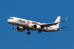 Airbus A321-253N (N924VA) operated by Alaska Airlines with the San Francisco Giants livery on approach to San Francisco International Airport (KSFO), San Francisco, California, United States of America