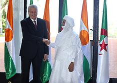 Algiers - Algerian Prime Minister Sellal Meets Nigerian Counterpart Rafini - 27 Oct 2016