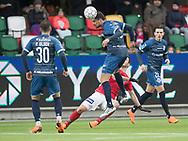 FODBOLD: Daniel Jørgensen (FC Helsingør) header væk under kampen i ALKA Superligaen mellem Silkeborg IF og FC Helsingør den 31. marts 2018 i Jysk Park, Silkeborg. Foto: Claus Birch.