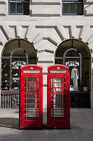 london telephone boxes in the city of london