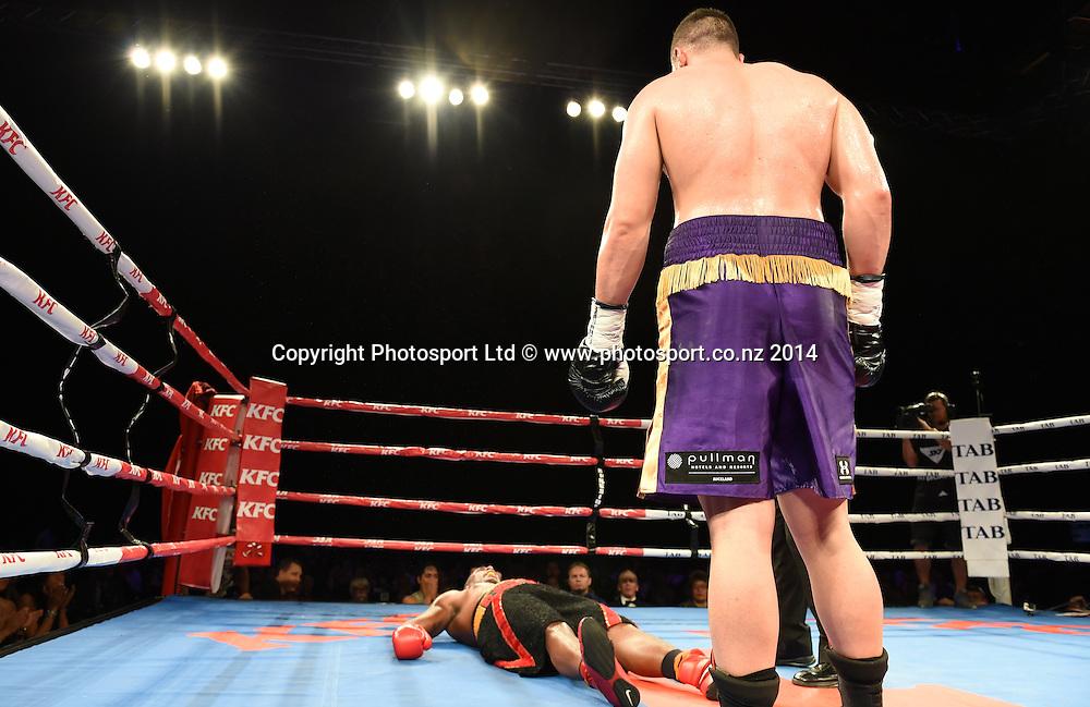 New Zealand heavyweight boxer Joseph Parker v Brazil's Irineu Costa Beato. KFC Fight For Life Boxing by Duco Events at the Claudelands Arena in Hamilton. New Zealand. Saturday 6 December 2014. Photo: Andrew Cornaga/www.photosport.co.nz.