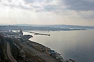 Porto di Trieste: il Porto Vecchio e la stazione ferroviaria centrale di Trieste. Port of Trieste: the Porto Vecchio, also showing Trieste Centrale railway station.