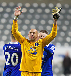 25.03.2014, St. James Park, Newcastle, ENG, Premier League, Newcastle United vs FC Everton, 28. Runde, im Bild Everton's goalkeeper Tim Howard celebrates after his side's 3-0 victory over Newcastle United // during the English Premier League 28th round match between Newcastle United and Everton FC at the St. James Park in Newcastle, Great Britain on 2014/03/25. EXPA Pictures &copy; 2014, PhotoCredit: EXPA/ Propagandaphoto/ David Rawcliffe<br /> <br /> *****ATTENTION - OUT of ENG, GBR*****