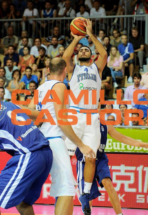 DESCRIZIONE : Capodistria Koper Slovenia Eurobasket Men 2013 Preliminary Round Finlandia Italia Finland Italy<br /> GIOCATORE : Pietro Aradori<br /> CATEGORIA : tiro<br /> SQUADRA : Italia<br /> EVENTO : Eurobasket Men 2013<br /> GARA : Finlandia Italia Finland Italy<br /> DATA : 07/09/2013 <br /> SPORT : Pallacanestro&nbsp;<br /> AUTORE : Agenzia Ciamillo-Castoria/N. Dalla Mura<br /> Galleria : Eurobasket Men 2013 <br /> Fotonotizia : Capodistria Koper Slovenia Eurobasket Men 2013 Preliminary Round Finlandia Italia Finland Italy
