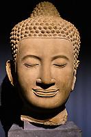 France, Paris (75), Musée Guimet, tête de Bouddha, Cambodge, Siemreap, temple de Bayon, 14 e siecle// France, Paris, Guimet museum, head of Buddha, Cambodia, Siemreap, Bayon temple, 14th century