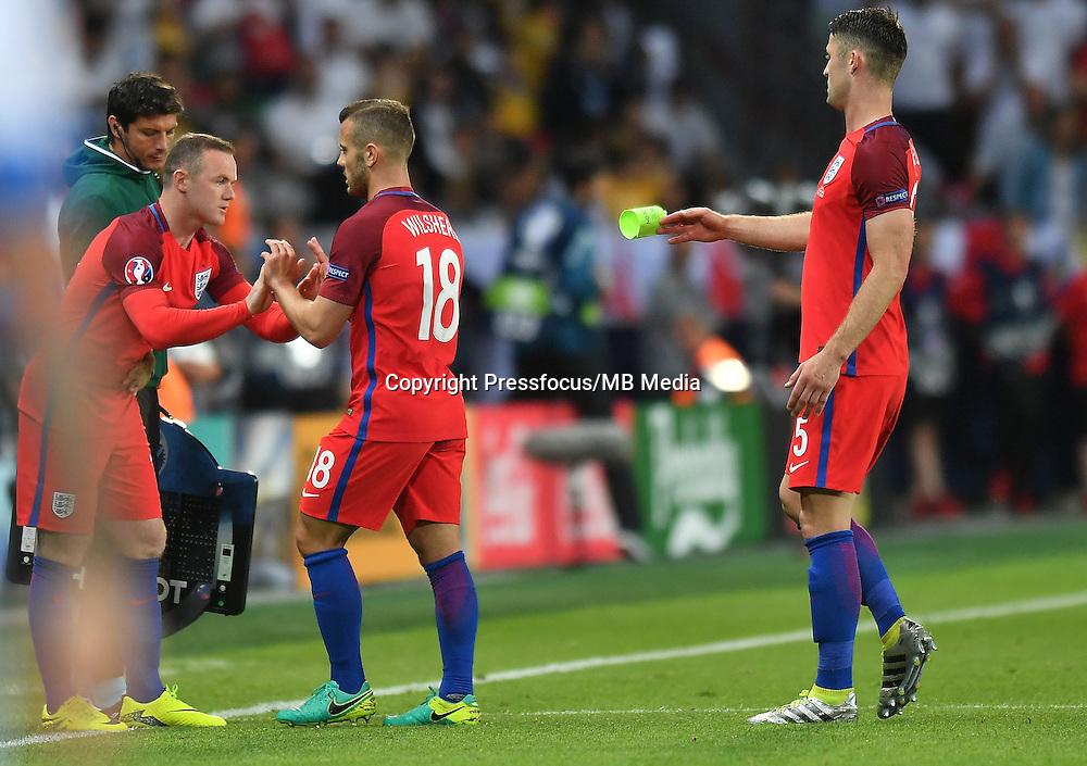 2016.06.20 Saint-Etienne<br /> Pilka nozna Euro 2016<br /> mecz grupy C Slowacja - Anglia<br /> N/z Wayne Rooney Jack Wilshere Gary Cahill<br /> Foto Lukasz Laskowski / PressFocus<br /> <br /> 2016.06.20 Saint-Etienne<br /> Football UEFA Euro 2016 group C game between Slovaki and England<br /> Wayne Rooney Jack Wilshere Gary Cahill<br /> Credit: Lukasz Laskowski / PressFocus