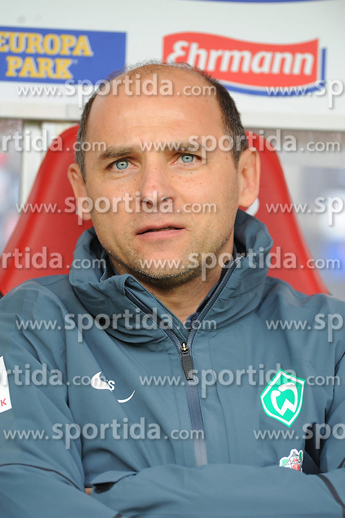 07.03.2015, Schwarzwald Stadion, Freiburg, GER, 1. FBL, SC Freiburg vs SV Werder Bremen, 24. Runde, im Bild Viktor Skripnik (Chef-Trainer Werder Bremen) // during the German Bundesliga 24th round match between SC Freiburg and SV Werder Bremen at the Schwarzwald Stadion in Freiburg, Germany on 2015/03/07. EXPA Pictures &copy; 2015, PhotoCredit: EXPA/ Eibner-Pressefoto/ Laegler<br /> <br /> *****ATTENTION - OUT of GER*****