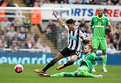 Ayoze Perez of Newcastle United is tackled by Jan Kirchhoff of Sunderland - Mandatory byline: Robbie Stephenson/JMP - 20/03/2016 - FOOTBALL - ST James Park - Newcastle, England - Newcastle United v Sunderland - Barclays Premier League