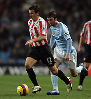 Photo: Paul Thomas/Sportsbeat Images.<br /> Manchester City v Sunderland. The FA Barclays Premiership. 05/11/2007.<br /> <br /> Sunderland's Liam Miller (L) is chased by City's Stephen Ireland.