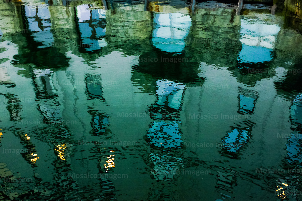 S&eacute;rie: Reflexos<br /> Foto: Tadeu Bianconi/ Mosaico Imagem