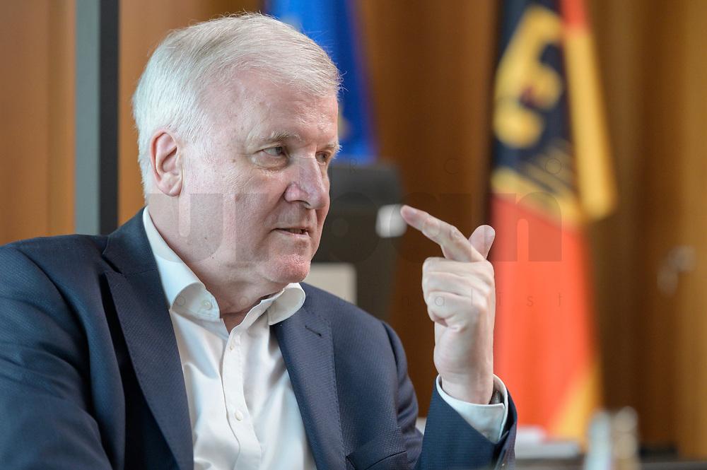 01 JUL 2019, BERLIN/GERMANY:<br /> Horst Seehofer, CSU, Bundesinnenminister, waehrend einem Interview, in seinem Buero, Bundesministerium des Inneren<br /> IMAGE: 20190701-01-054<br /> KEYWORDS: Büro