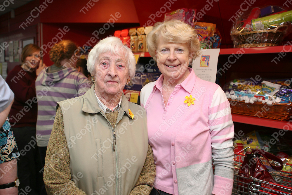 Pictured at Supervalu store in Tulla on Friday 25th March 2011 for the grand re-opening of the new look store with special chef guest Kevin Dundon were Mary Dewberry &amp; Rose De Courcy.<br /> Pic Emma Jervis / Press 22