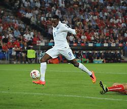 England's Danny Welbeck (Arsenal) scores the opening goal - Photo mandatory by-line: Joe Meredith/JMP - Mobile: 07966 386802 - 08/09/14 - SPORT - FOOTBALL - Switzerland - Basel - St Jacob Park - Switzerland v England - Uefa Euro 2016 Group E Qualifier