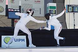 30.06.2015, Olympiapark Berlin, Berlin, GER, moderner Fünfkampf WM, Staffelbewerb Damen, im Bild Eilidh Prise (Grossbritanien) gegen Rena Shimazu (Japan) // during Women's relay race of the the world championship of Modern Pentathlon at the Olympiapark Berlin in Berlin, Germany on 2015/06/30. EXPA Pictures © 2015, PhotoCredit: EXPA/ Eibner-Pressefoto/ Hundt<br /> <br /> *****ATTENTION - OUT of GER*****
