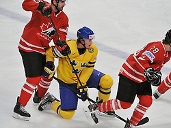 01.05.2013, Globe Arena, Stockholm, SWE, IIHF, Eishockey WM, Vorberichte, im Bild Sverige Sweden 21 Loui Eriksson // during the IIHF Icehockey World Championship Game between Canada and Sweden at the Ericsson Globe, Stockholm, Sweden on 2013/05/16. EXPA Pictures © 2013, PhotoCredit: EXPA/ PicAgency Skycam/ Simone Syversson..***** ATTENTION - OUT OF SWE *****