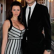 NLD/Zaandam/20100503 - Bekendmaking Playmate of the Year 2009, Lange Frans Frederiks en partner Daniëlle van Aalderen