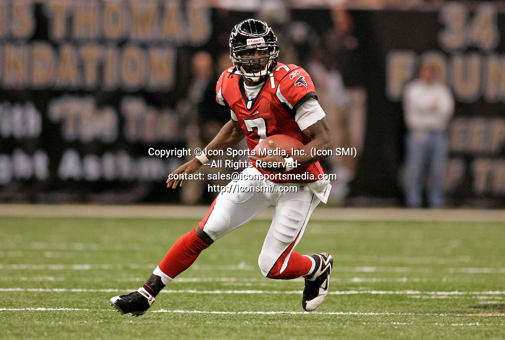 25 September 2006: Atlanta Falcons quarterback Michael Vick (7) scrambles to the outside in the New Orleans Saints 23-3 victory over the Atlanta Falcons at the Superdome in New Orleans Louisiana.