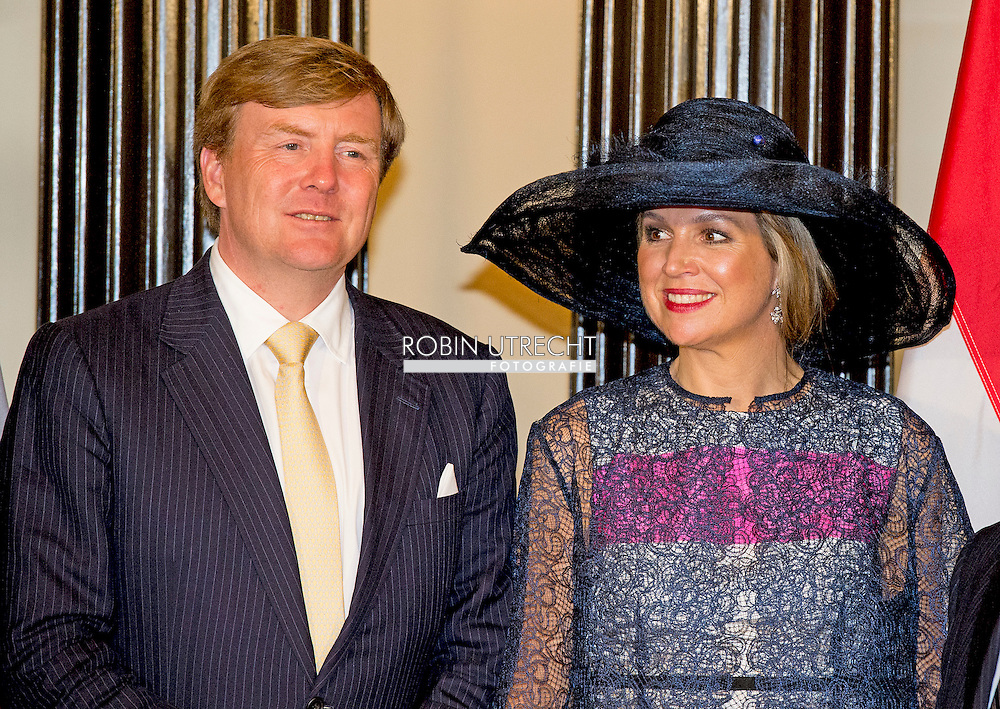 King Willem-Alexander and Queen Maxima of The Netherlands visit Parliament Hill and are welcomed by senate chairman mr Housakos Ottawa, Canada, 27 May 2015. The King and Queen of The Netherlands bring an state visit from 27 till 29 may to Canada. During the visit the King and Queen signs the guest book and visit the library and the senate hall. COPYRIGHT ROBIN UTRECHT