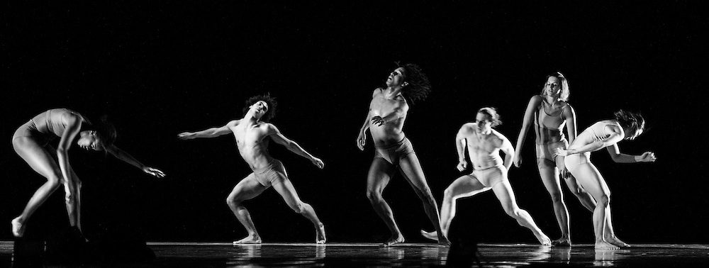 LONDON, UK, 07 November 2016. Hydrargyrum by Patricia Okenwa performed by Rambert Ballet at Sadler's wells.<br /> <br /> Set and Costume Design Jon Bausor<br /> Lighting Design Charles Balfour<br /> <br /> DANCERS <br />                               <br /> Miguel Altunaga<br /> Edit Domoszlai   <br /> Liam Francis <br /> Vanessa Kang<br /> Kym Sojourna<br /> Stephen Wright