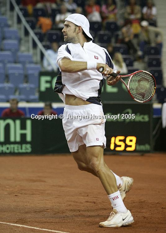NICOLAS KIEFER, Davis CUP 2005, Czech Rep.-GER, Liberec<br /> <br /> Tennis - Davis Cup 2005 - ITF Davis Cup -  Arena Tipsport - Liberec -  - Czech Republic - 25 September 2005. <br /> &copy; Juergen Hasenkopf