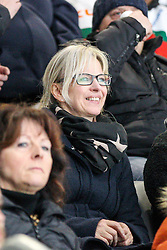 12.12.2014, Curt Fenzel Stadion, Augsburg, GER, DEL, Augsburger Panther vs Koelner Haie, 26. Runde, im Bild Christine Moeser, Frau von Sportmanager Duanne Moeser (Augsburger Panther) // during Germans DEL Icehockey League 26th round match between Augsburger Panther vs Koelner Haie at the Curt Fenzel Stadion in Augsburg, Germany on 2014/12/12. EXPA Pictures © 2014, PhotoCredit: EXPA/ Eibner-Pressefoto/ Kolbert<br /> <br /> *****ATTENTION - OUT of GER*****