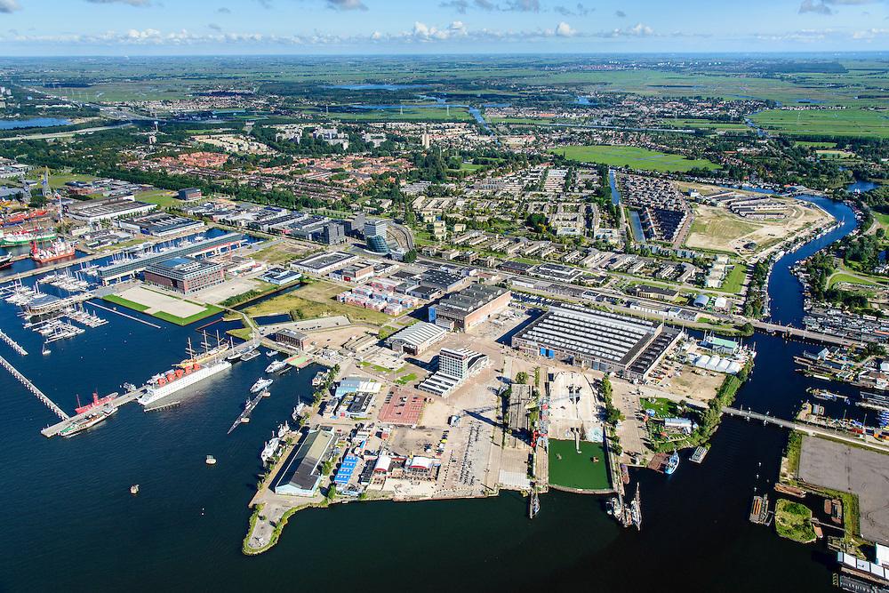Nederland, Noord-Holland, Amsterdam, 27-09-2015;<br /> Amsterdam-Noord, NDSM-werf. met voormalige scheepshelling. Stadsontwikkeling en broedplaats in de Scheepsbouwloods. <br /> Amsterdam-North, former shipyard. Urban development.<br /> luchtfoto (toeslag op standard tarieven);<br /> aerial photo (additional fee required);<br /> copyright foto/photo Siebe Swart
