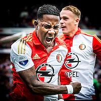 ROTTERDAM - Feyenoord - Willem II , Voetbal , Seizoen 2015/2016 , Eredivisie , Stadion de Kuip , 13-09-2015 , Speler van Feyenoord Eljero Elia viert zijn doelpunt voor de 1-0 met Speler van Feyenoord Rick Karsdorp (r)