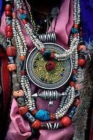 Inde - Province du Jammu Cachemire -  Ladakh - Collier en corail, turquoise et argent