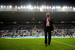 NEWCASTLE, ENGLAND - Saturday, December 11, 2010: Liverpool's manager Roy Hodgson before the Premiership match against  Newcastle United at St James' Park. (Photo by: David Rawcliffe/Propaganda)