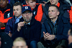 BIRKENHEAD, ENGLAND - Monday, March 13, 2017: Liverpool's manager Jürgen Klopp and first-team development coach Pepijn Lijnders watch the Under-23's take on Chelsea during the Under-23 FA Premier League 2 Division 1 match at Prenton Park. (Pic by David Rawcliffe/Propaganda)