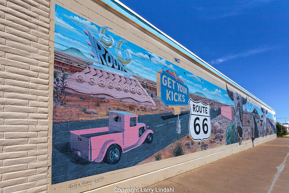Tucumcari, New Mexico, Route 66, mural, artists Doug & Sharon Quartes, 505-461-7891