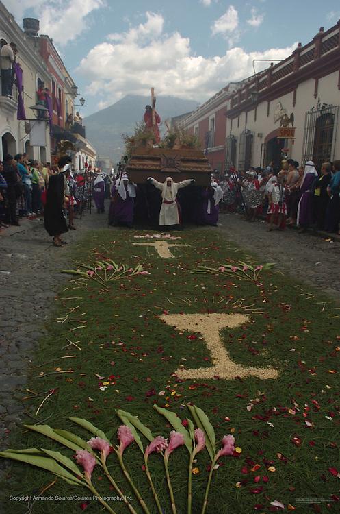 Holy Week celebrations in Antigua, Guatemala, 2006. Procession of La Hermandad de la Consagrada Imagen de Jesus Nazareno, Templo La Merced, Antigua Guatemala. Easter week, Easter,Semana Santa, Guatemala,Antigua,