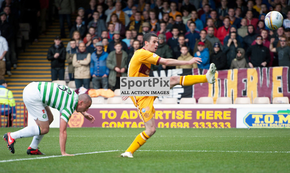 Jamie Murphy shoots wide for Motherwell. The Clydesdale Bank Scottish Premier League, Season 2012/13, Motherwell v Celtic, Fir Park, 29 September 2012 Angela Isac | StockPix.eu