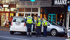 Auckland-Part of Ponsonby Road closed after two car crash