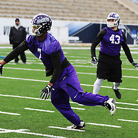SALEM, VA - DECEMBER 14: University of Mount Union defensive lineman Michael Vidal runs a route during Stagg Bowl practice at Salem Stadium on December 14, 2017 in Salem,VA. (Photo by Steve Frommell, d3photography.com)