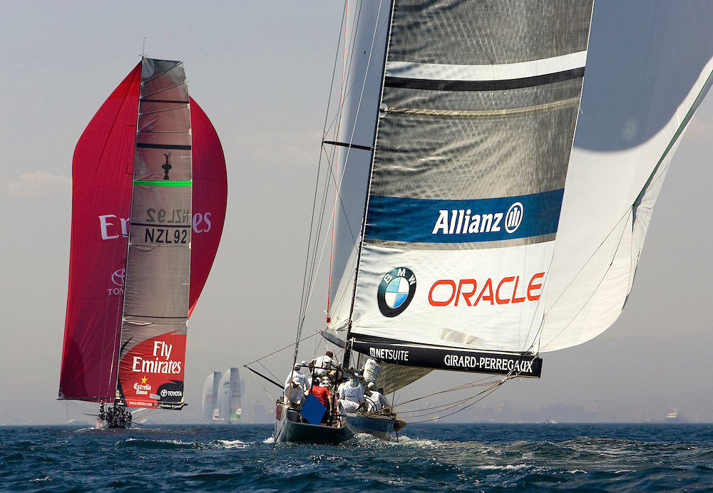 Valencia, SPAIN, Louis Vuitton Cup 2007, Round Robin 2, Flight 11.Emirates Team New Zealand (NZL) and BMW Oracle Racing (USA)