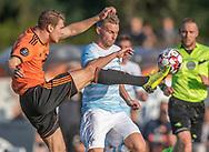 Simon Sharif (Hillerød) og Anders Holst (FC Helsingør) under kampen i 2. Division mellem Hillerød Fodbold og FC Helsingør den 21. august 2019 på Hillerød Stadion (Foto: Claus Birch).