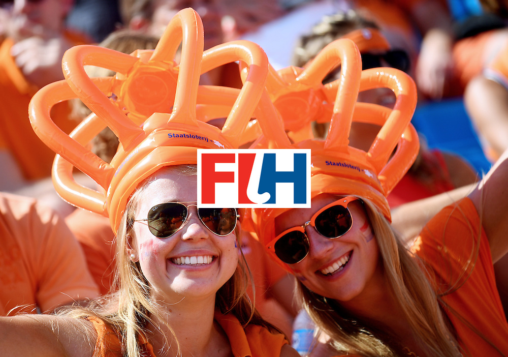 Netherlands fans pose during the women's semifinal field hockey Netherlands vs Germany match of the Rio 2016 Olympics Games at the Olympic Hockey Centre in Rio de Janeiro on August 17, 2016. / AFP / MANAN VATSYAYANA        (Photo credit should read MANAN VATSYAYANA/AFP/Getty Images)