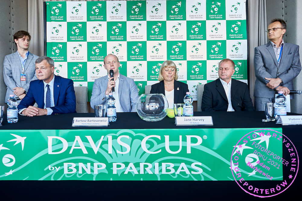 (L-R) Piotr Szkielkowski - vice president of Polish Tennis Association and Bartosz Bartoszewicz Deputy of Major City Gdynia and Jane Harvey (ITF referee) and Vladimir Habas (Slovakian Tennis Association) and Tomasz Wolfke press officer during official draw one day before Davis Cup Tie World Group Play-off Poland v Slovakia at Mondo di Vinegre Restaurant in Gdynia, Poland.<br /> <br /> Poland, Gdynia, September 17, 2015<br /> <br /> Picture also available in RAW (NEF) or TIFF format on special request.<br /> <br /> For editorial use only. Any commercial or promotional use requires permission.<br /> <br /> Adam Nurkiewicz declares that he has no rights to the image of people at the photographs of his authorship.<br /> <br /> Mandatory credit:<br /> Photo by &copy; Adam Nurkiewicz / Mediasport