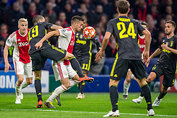 10-04-2019 NED: Champions League AFC Ajax - Juventus,  Amsterdam<br /> Round of 8, 1st leg / Ajax plays the first match 1-1 against Juventus during the UEFA Champions League first leg quarter-final football match / Leonardo Bonucci #19 of Juventus, Dusan Tadic #10 of Ajax