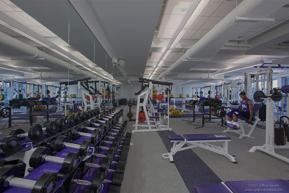 Dc School Architectural Interior Of Gonzaga Weight Training Room Architectural Photography By