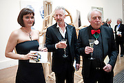 PELE COX; DAVID MACH; MICHAEL SANDLE, Royal Academy of Arts Annual dinner. Royal Academy. Piccadilly. London. 1 June <br /> <br />  , -DO NOT ARCHIVE-© Copyright Photograph by Dafydd Jones. 248 Clapham Rd. London SW9 0PZ. Tel 0207 820 0771. www.dafjones.com.