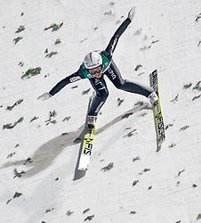 06.01.2015, Paul Ausserleitner Schanze, Bischofshofen, AUT, FIS Ski Sprung Weltcup, 63. Vierschanzentournee, Finale, im Bild Sturz von Simon Ammann (SUI) // Simon Ammann of Switzerland crashed during Final Jump of 63 rd Four Hills Tournament of FIS Ski Jumping World Cup at the Paul Ausserleitner Schanze, Bischofshofen, Austria on 2015/01/06. EXPA Pictures © 2015, PhotoCredit: EXPA/ JFK