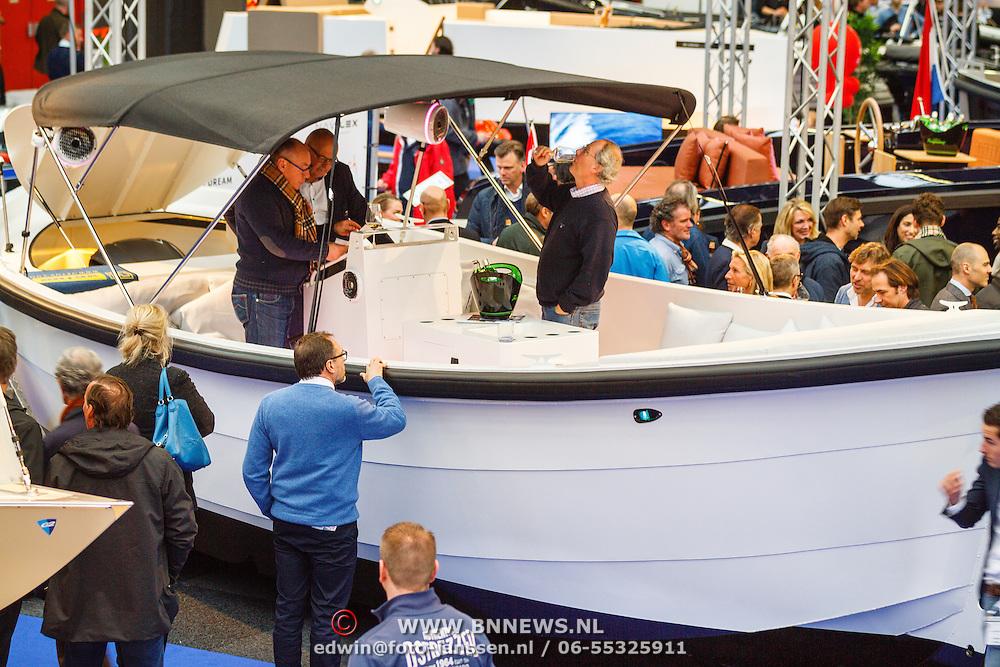 NLD/Amsterdam/20160318 - Presentatie Waterdream 850 boot Pr.Bernhard Jr. ,