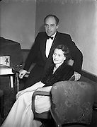 113/10/1952<br /> 10/13/1952<br /> 13 October 1952<br /> Variety Club of Ireland Dance at the Metropole Hotel, Dublin.<br /> Mr and Mrs David Luke at the Variety Club Dance, at the Metropole Hotel, Dublin.